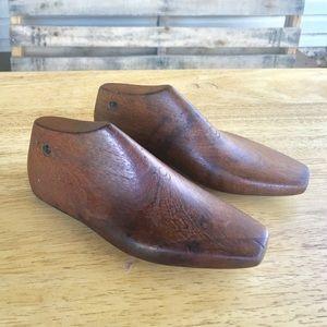 Other - Pr Childs Vintage Cobbler Shoes Forms